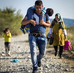 refugee-fami-yl-shirt